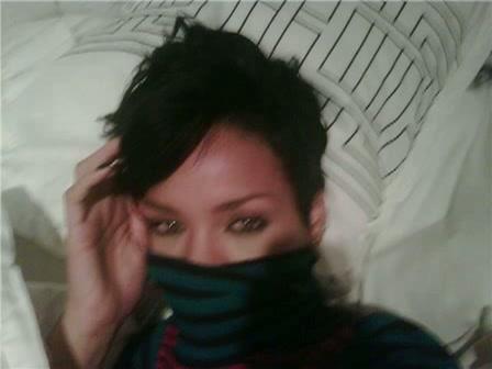 Rihanna naakt on tape