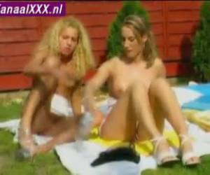 Kinky spread legs