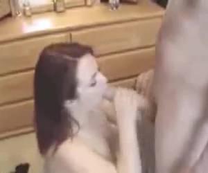 Amateur geeft geile blowjob