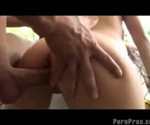 Hardcore pornbros scene met mooie tiener